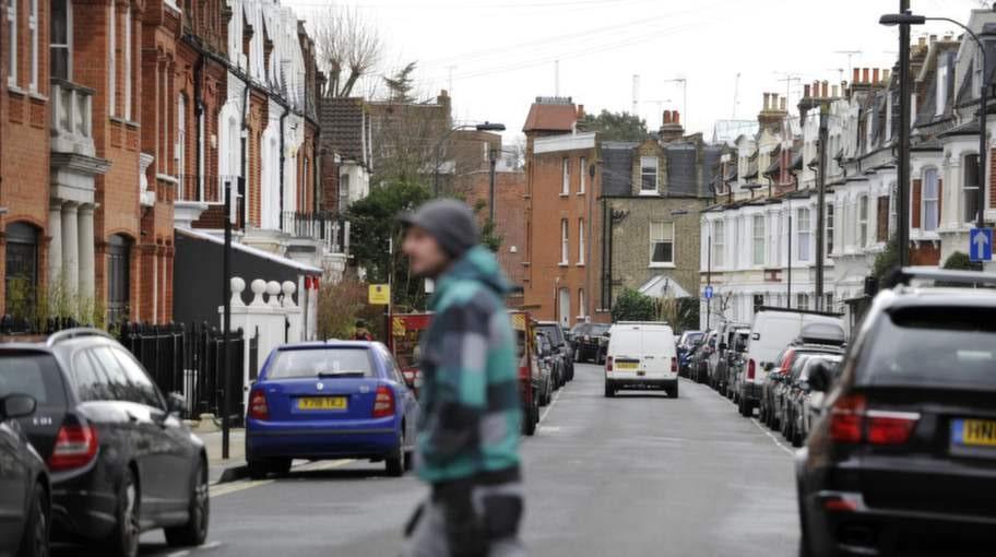 Regionen runt Alderville Road i Fulham en gråmulen måndag i februari.