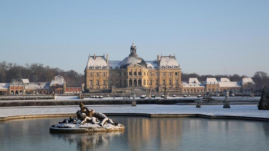 Slottet Vaux-le-Vicomte byggdes 1656 och ligger fem mil sydöst om Paris.