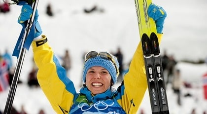 Charlotte Kalla vet hur bra kondis man får av att åka skidor.