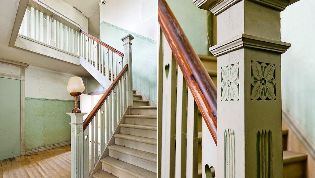 När man kliver in i det före detta palatset möts man direkt av en ståtlig och vackert utsnidad paradtrappa, takrosetter, stuckaturer,  blyinfattade fönster, infällda skjutdörrar, lyxiga detaljer och gamla knarrande brädgolv.