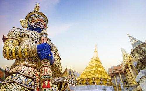 Grand Palace ligger mitt i hjärtat av Bangkok och är ett måste om du besöker staden.