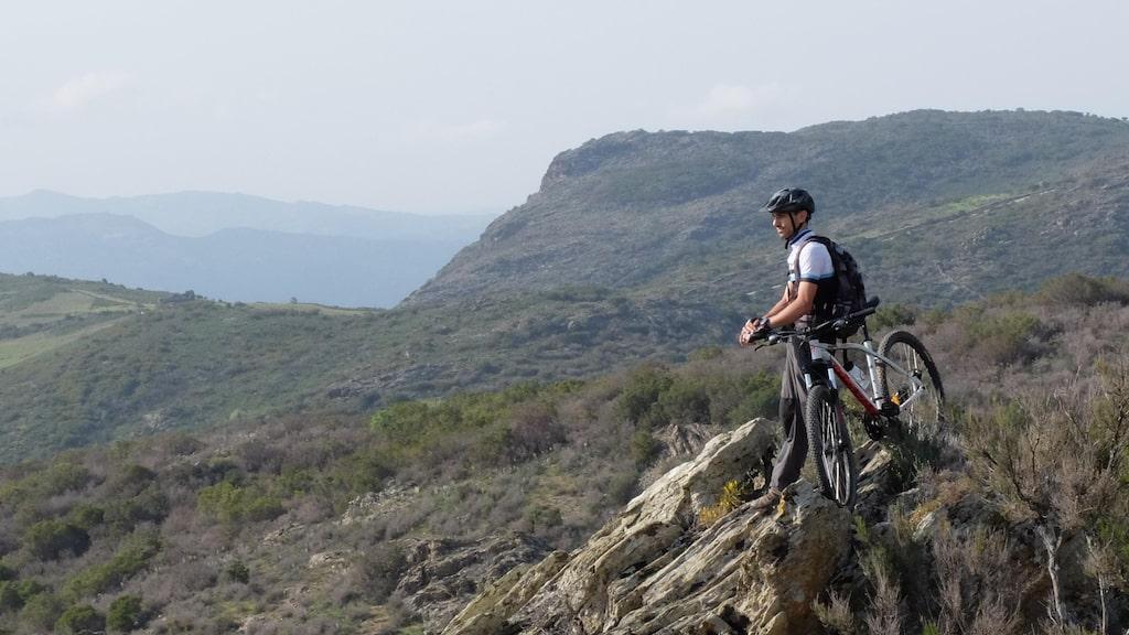 Att cykla mountainbike blir allt mer populärt på Korsika.