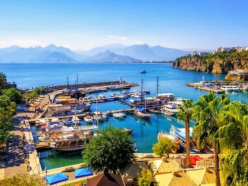 Antalya är en semesterfavorit bland många svenskar som turistar i Turkiet.