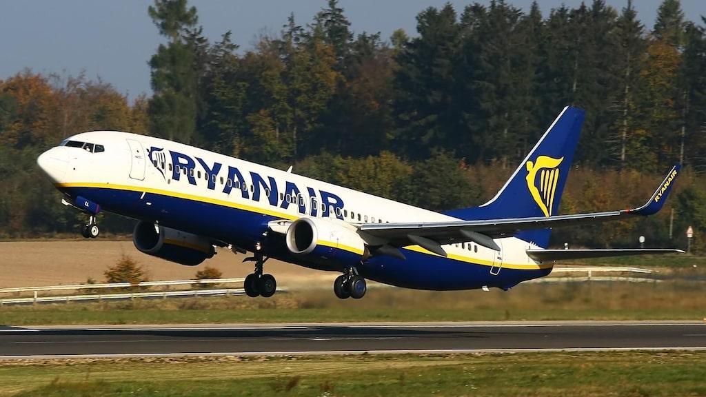 Ryanair ställer in hundratals flighter de närmaste veckorna.
