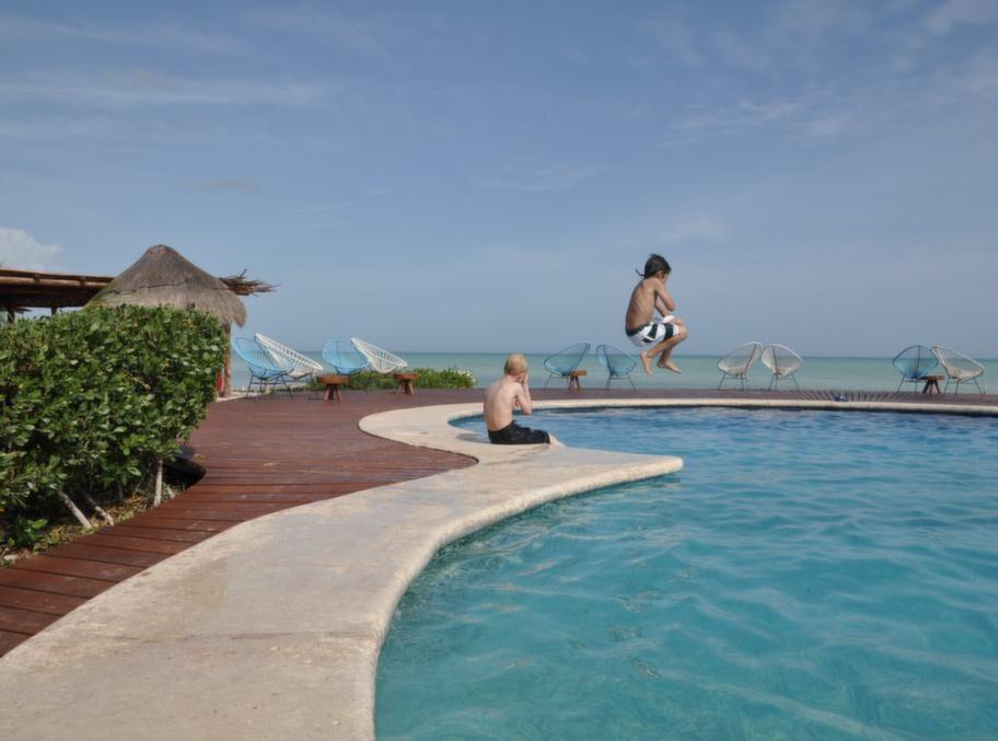 Den vackraste poolen på Holbox ligger på Villa Flamingos.
