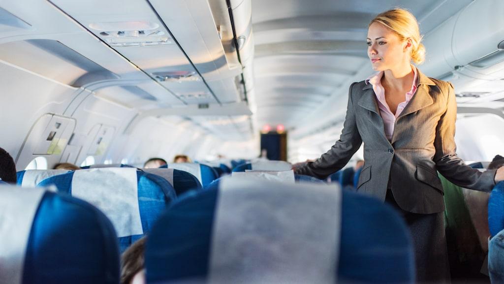 Tålmodighet och lyhördhet är måsten för personer som jobbar ombord på flyg.