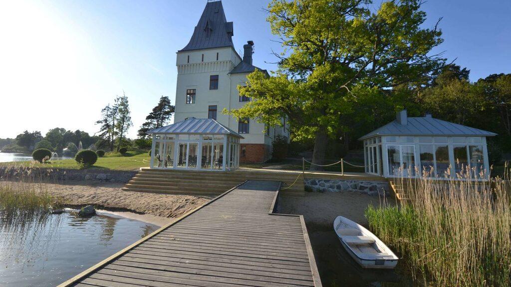 Här på bryggan ska Anders Zorn ha stått och skissat på ett av sina konstverk.