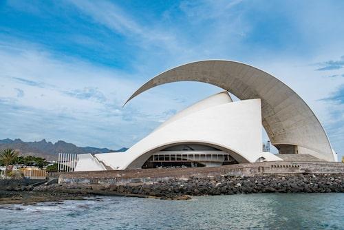 Njut av utsikten och byggnaden - även utan konsertbiljett.