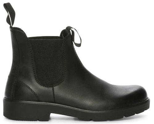 Tuffa boots i klassisk modell av äkta läder/mocka , 599 kr, Skopunkten.