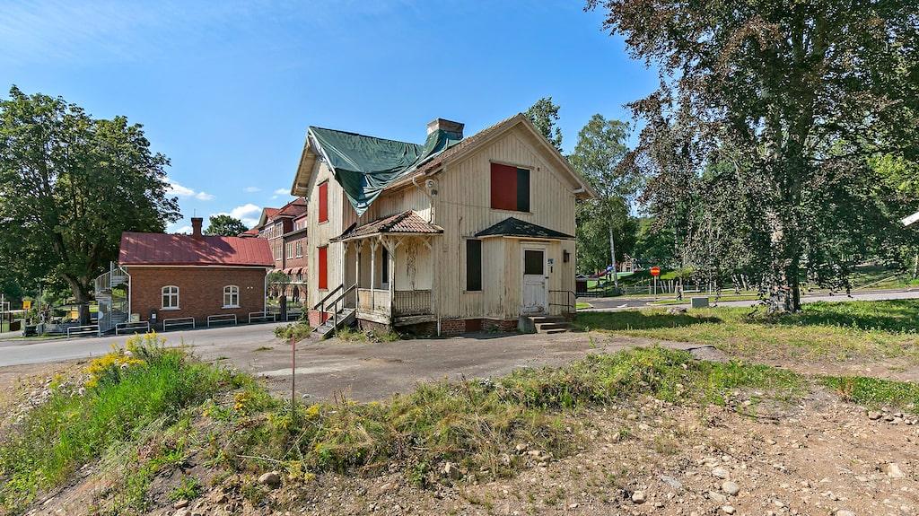 Totalt är huset på 119 kvadratmeter, plus en källare på 50 kvadratmeter.