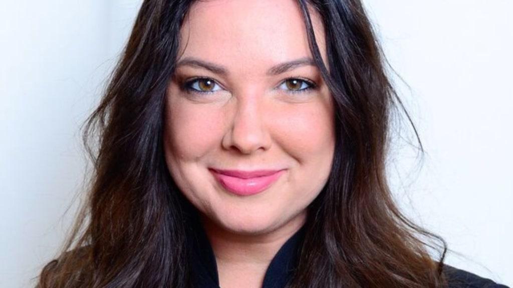 Elisabeth Bexter korades 2017 till Sveriges bästa fransstylist.