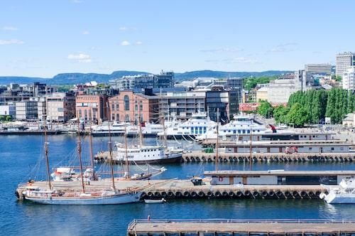 Bussturen till Oslo följs av en kryssningstur till Köpenhamn, och sedan tillbaka samma väg.