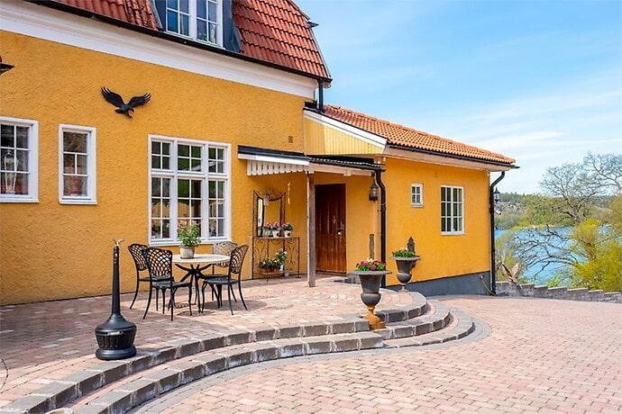 Miljonären själv kallar huset för Chateau Eagle Mountain, slottet på Örnberget.