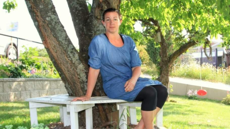 Inte ensam. När Heléne Löfvendahl, 39, från Motala för några år sedan gick ut och berättade om sina svettproblem på sin blogg fick hon ett enormt gensvar.