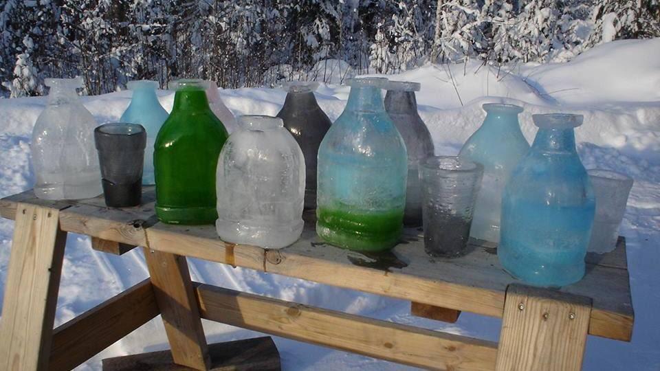 Is-flaskorna är det Janne är mest stolt över.
