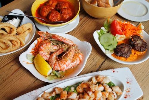 Restaurang Sava som har goda tapas på menyn ligger på Grote Markt (Stora torget) i Mechelen.