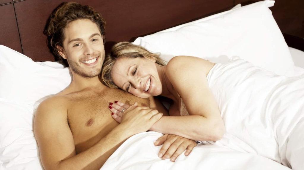 <p>En ökad produktion av kortisol kan leda till oro och viktuppgång. När vi sover nakna stabiliseras halterna av stresshormonet kortisol – mycket tack vare temperaturen.</p>