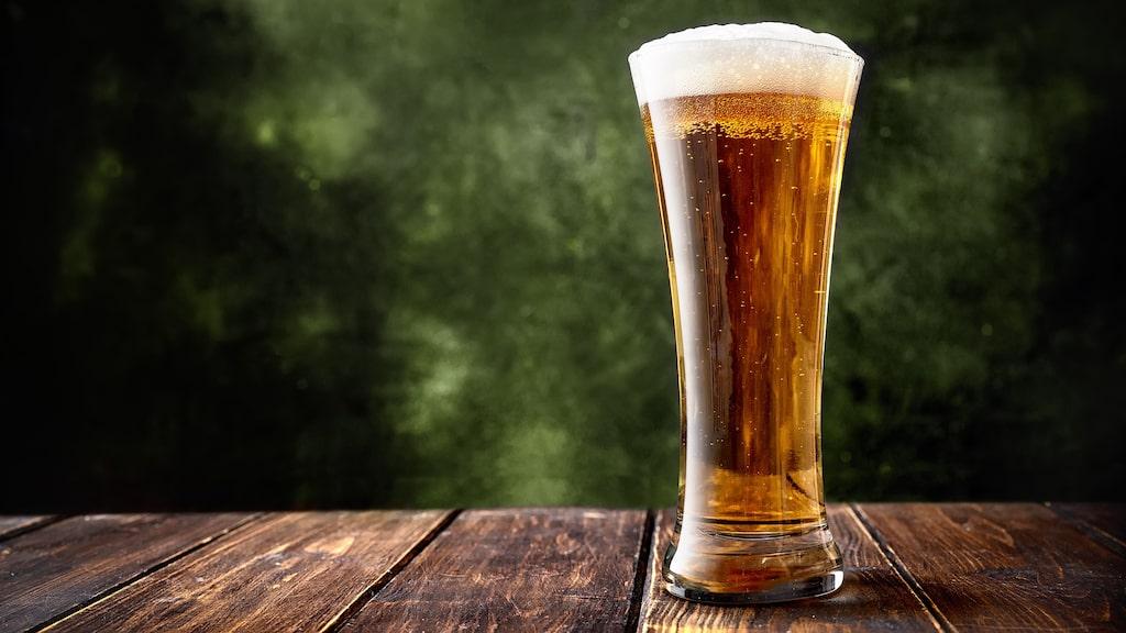 Allt om Vins ölexperter, Petur Olafsson och Fredrik Berggren, tipsar om bästa ölsorterna inför varje helg.