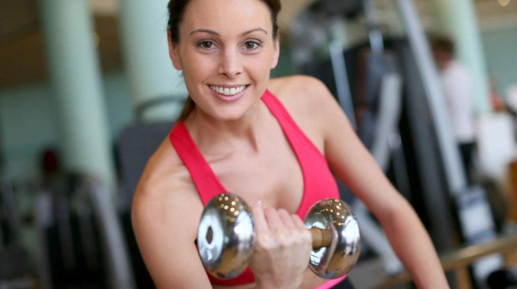<p>Både blodsockret och blodtrycket gynnas av några timmars styrketräning i veckan.</p>