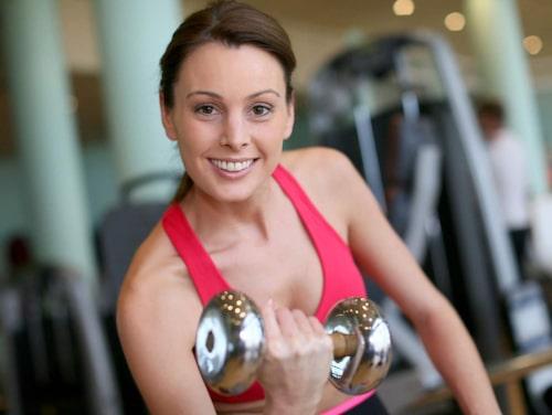 Om du klarar 14-15 repetitioner är vikterna för lätta.