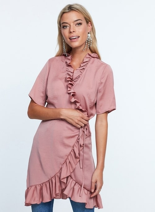 Queen wrap dress, 399 kr, Gina Tricot.