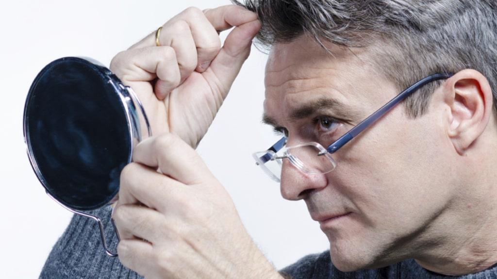 Det finns vissa saker du kan göra för att undvika grått hår.