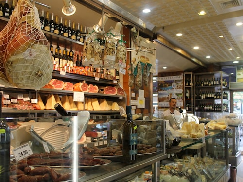 Delikatessbutik i Fontana di Trevi.