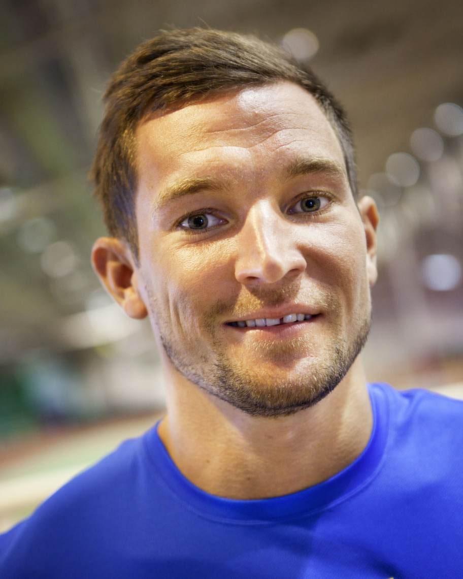 Bland andra kändisar som berättat öppet om sin terapi finns höjdhopparen Linus Thörnblad...