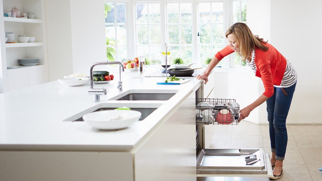 Diskmaskinen har en självklar plats i många hem. Den underlättar i vardagen både genom att ge mer tid till annat och förebygger onödigt bråk och tjat inom familjen.