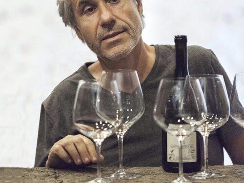 I nästan tjugo år var Salvo Foti önolog på gården Benanti på Etnas sluttningar.
