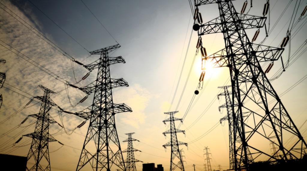 Att byta elbolag är lätt som en plätt och du kan både spara pengar och miljö på köpet.