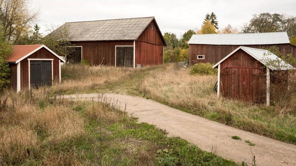 Utgångspriset på fastigheten ligger på 795 000 kronor.