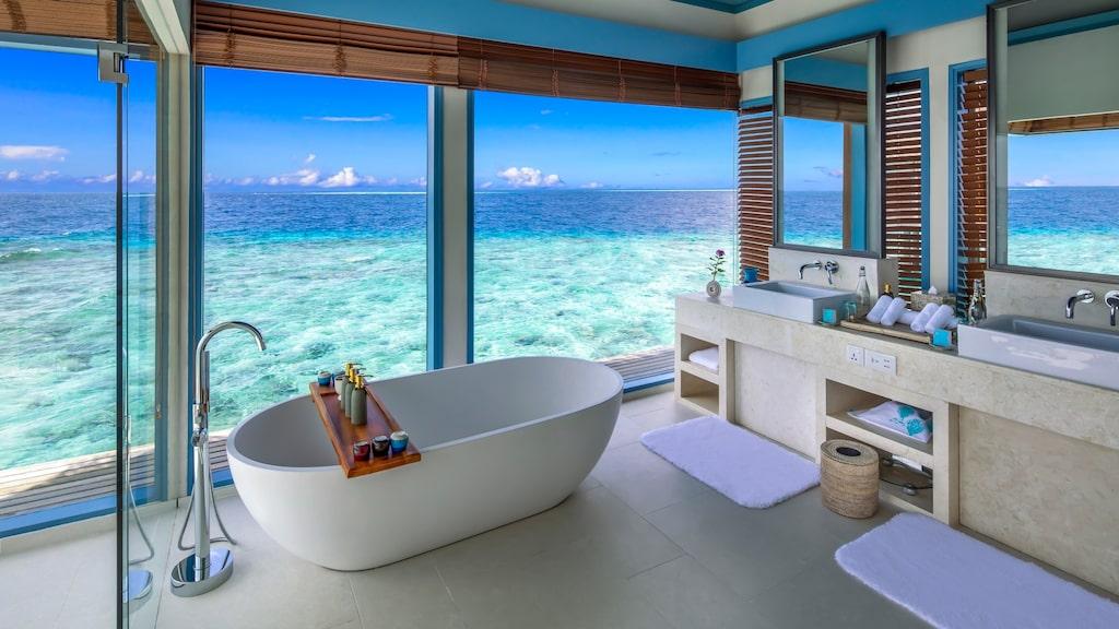 Helt okej utsikt från badrummet.