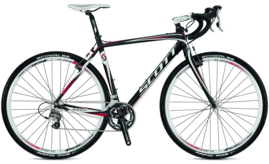 Cykelcross<br>En variant av racercykeln med grövre däck. Scott CX Comp ca 12 995 kronor.