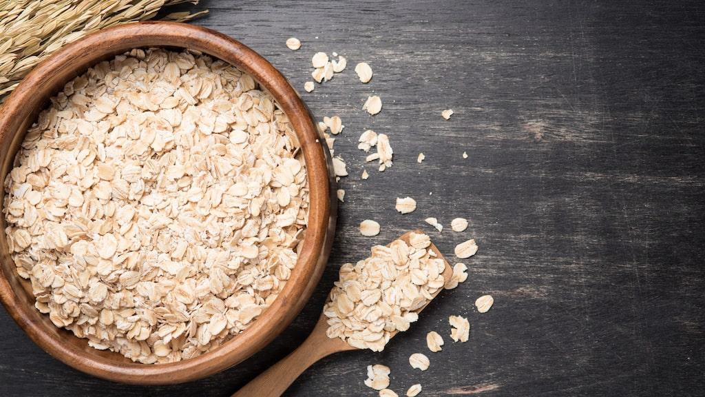 Havregryn innehåller zink som har en läkande effekt, de absorberar överflödig olja och ger en lätt exfolierande effekt.