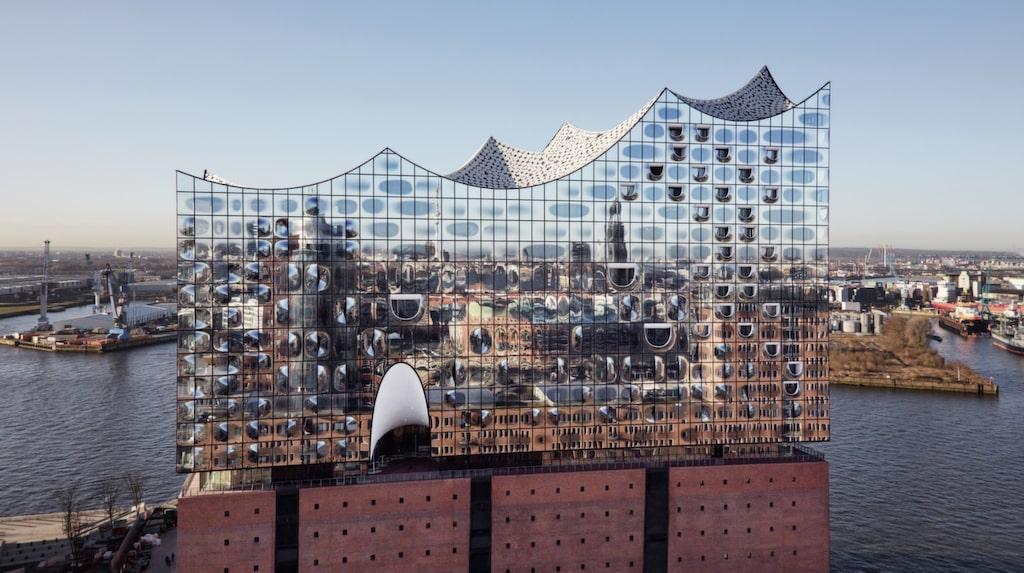 Elbphilharmonie är Hamburgs nya konserthus. Vackert – och gratis!