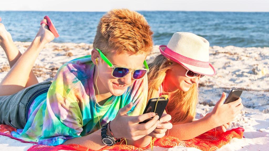 Hur mycket du kan surfa utomlands varierar dock mellan Telia, Tele 2, Telenor och Tre.