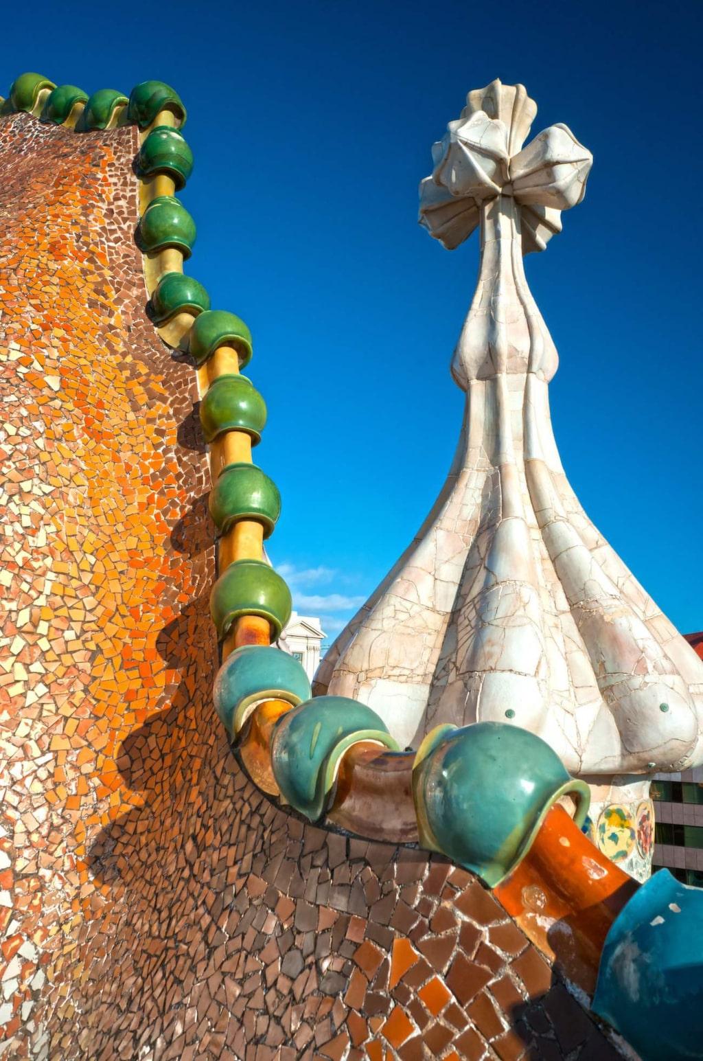Antoni Gaudí har satt sin särprägel på staden.