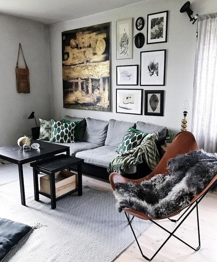 Lindas hem är ständigt under förvandling och vardagsrummet ska inom kort få sig en släng av linnebeige kalkfärg.