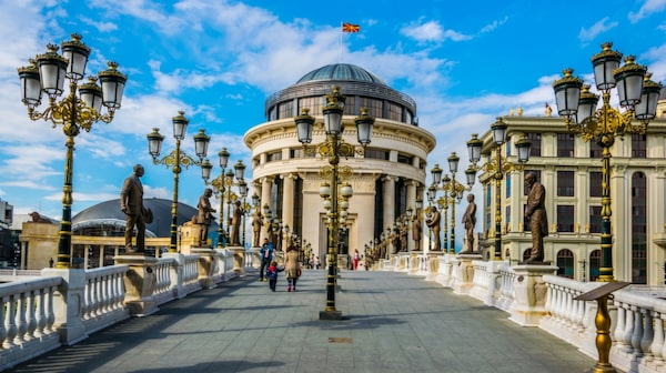Mäktiga Makedonien.