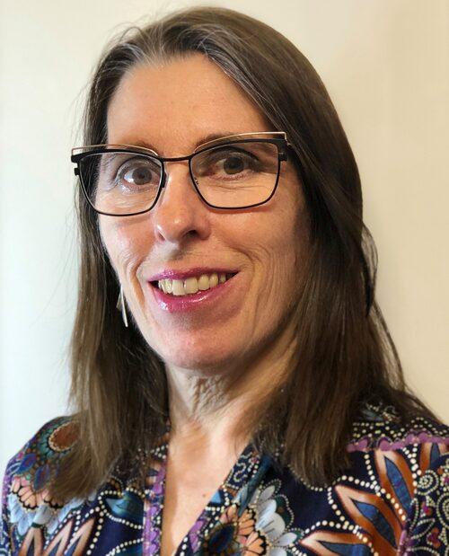 Berith Ståhl är glad för att hon lyckats bryta den negativa spiralen och har en bra relation till sitt eget barn och alla barnbarnen.
