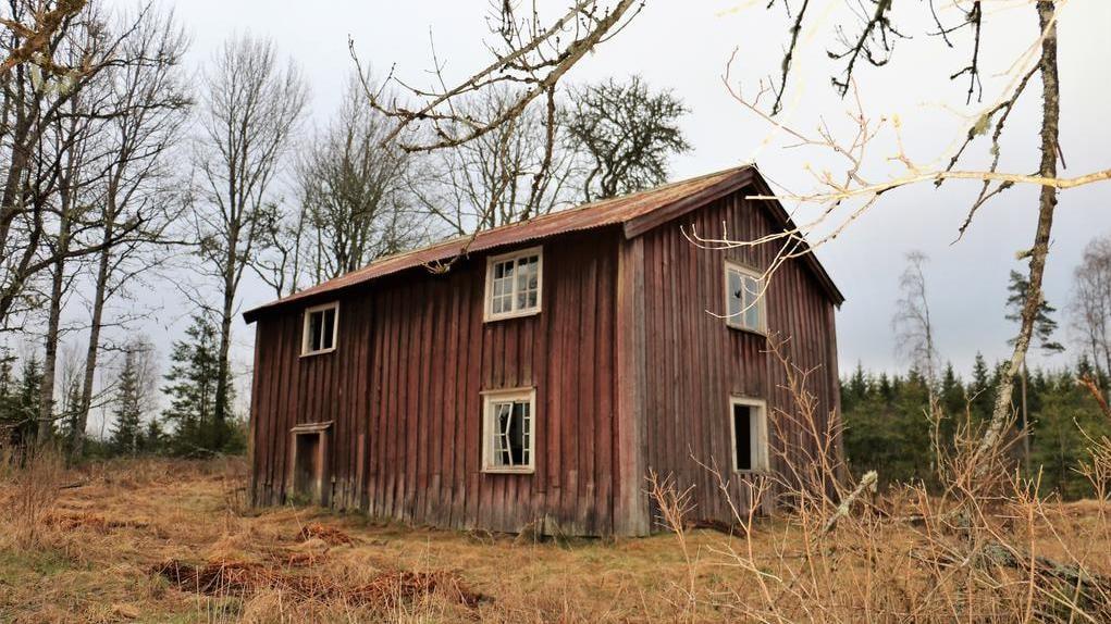 Det kulturhistoriskt värdefulla huset till salu har länge stött övergivet. Säljes nu till vrakpris!