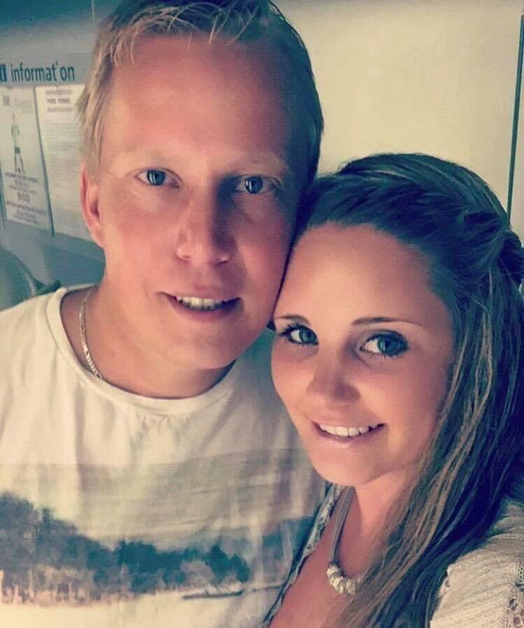 Tina, 30, och Tore, 37, Lindgjerdet från Leksvik i Norge har byggt ett mycket annorlunda och uppmärksammat hus.